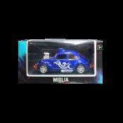 Carro modelo Volkswagen Beetle azul